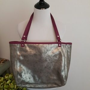New reversible thirty one bag